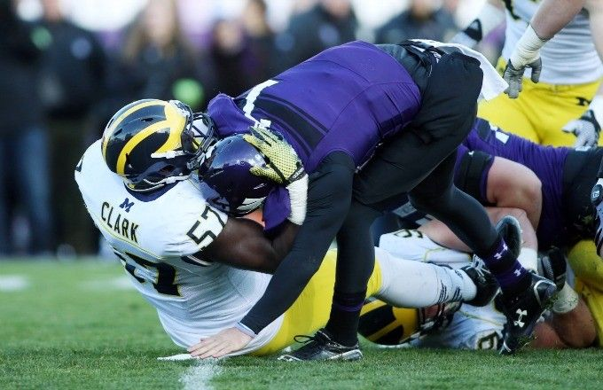 Michigan and Northwestern were a disgrace to college football today