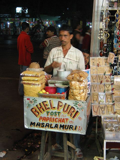 Vendor Selling Bhel Puri