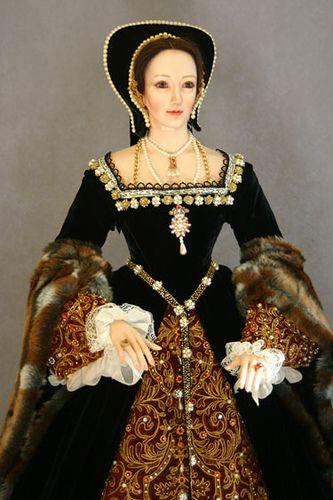 Anne Boleyn.  The best one I have seen./Historical doll.