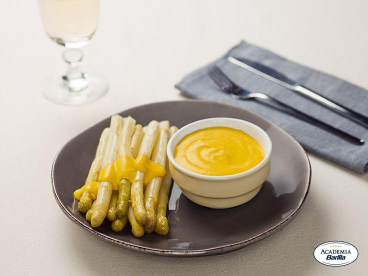 Asparagi di Bassano con salsa di uova sode - Dettaglio