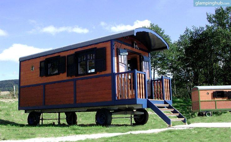 25 best gypsy caravans images on pinterest gypsy caravan glamping and go glamping. Black Bedroom Furniture Sets. Home Design Ideas