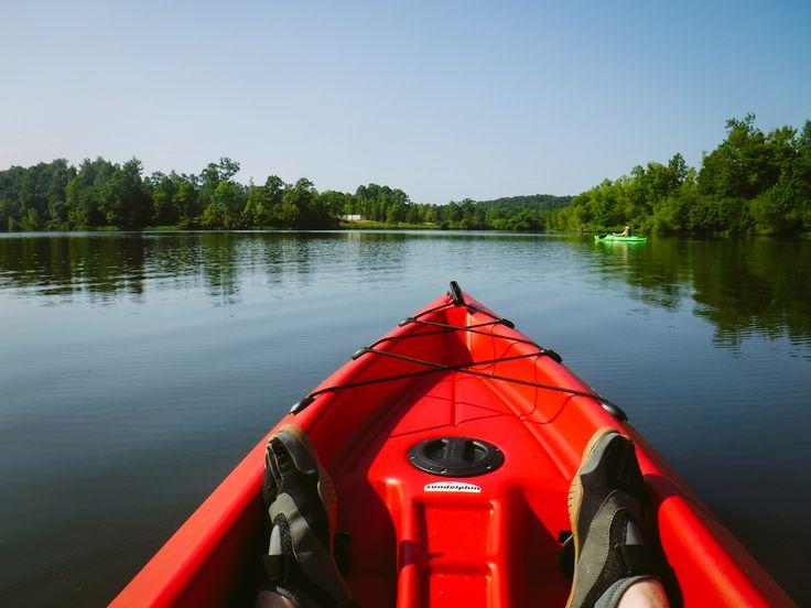 https://flic.kr/p/JKCGPy | 20160731-DSCF2044.jpg | Paddling with @staciakimberly this morning. #kayak #mosslake