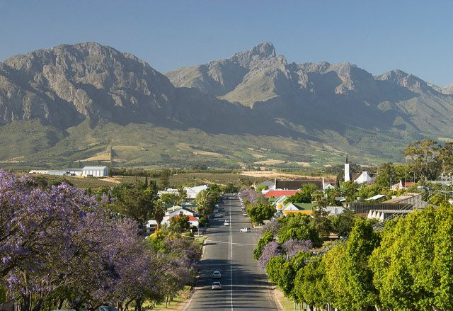 Tulbagh with the mountain in the background
