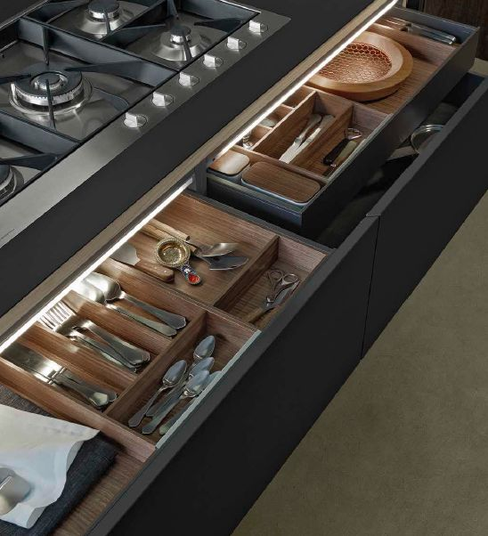 POLIFORM|VARENNA_Pull-out baskets with inner drawers in brown finishing. The inner equipment in walnut c. includes cutlery canteen in several configurations and china spice holders with walnut c. lid.