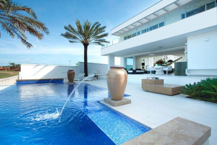 Residencia nj by pupogaspar arquitetura for the home - Residencia de manila swimming pool ...