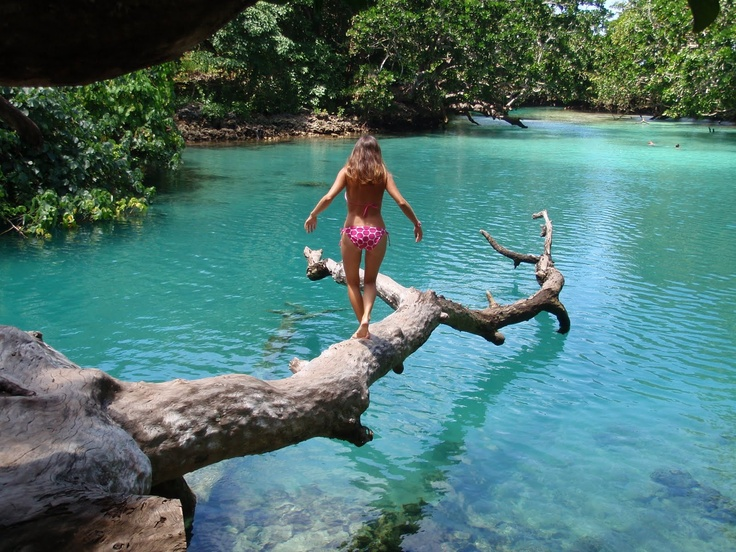The Bluest Laggon ever. Santo, Vanuatu