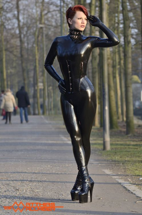 latexcrazy:  LATEXCRAZY.comhandmade latex gear from GermanyFREE made to measure tailoringFREE chlorination serviceworldwide shipping 100% discreetmodel Red Skypictures Matthias Wallmeier/ eigenART