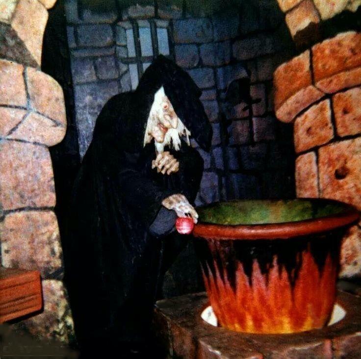 Original Snow White witch