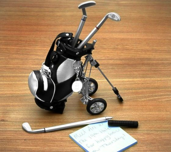Golf Club Pens / The perfect gift for the dedicated golfer. Our three piece golf club pen set with golf bag and cart will make any golfer happy. http://thegadgetflow.com/portfolio/golf-club-pens-18/