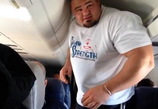 03m) Brian Shaw aboard a plane | Too Big | Pinterest | Fitness