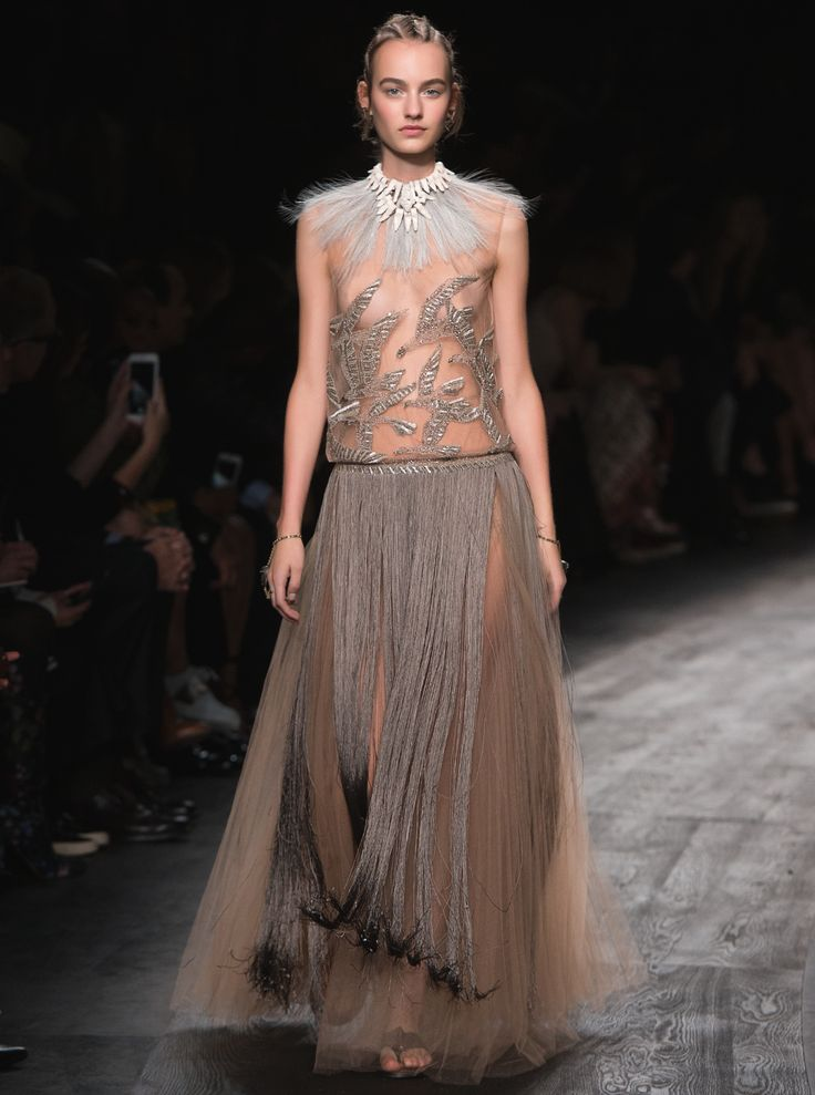 89 best Valentino Spring/Summer 2016 Collection images on ...