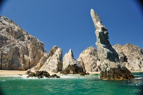 Playa del Amor: Approaching Lovers Beach/Baja Rock