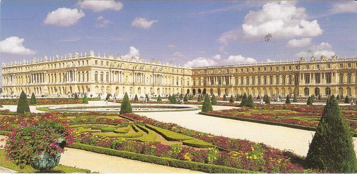 Een goede tussenstop op weg naar Zuid-Frankrijk/Spanje is deze natuurcamping in Versailles. De camping kent veel ruime, schaduwrijke plekken en heeft een fijn zwembad. Vanaf hier zijn we met de trein naar Parijs geweest (station ligt op loopafstand) en hebben we een bezoekje gebracht aan het Paleis van Versailles (5 minuten lopen).