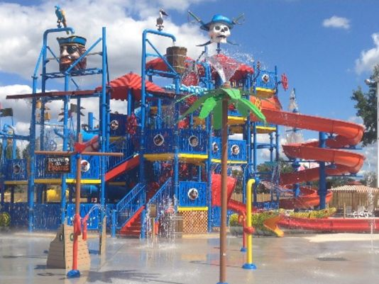 Summer is the best time to visit the water parks. This is a good list of water parks *nead* Houston (I say that cause there are some that are a 4 HR drive away)