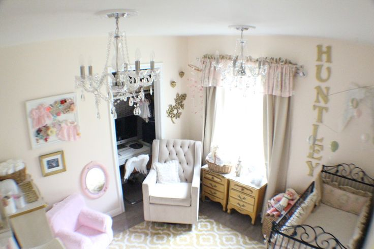 This nursery mixes vintage items and glam accents! #nursery #vintage