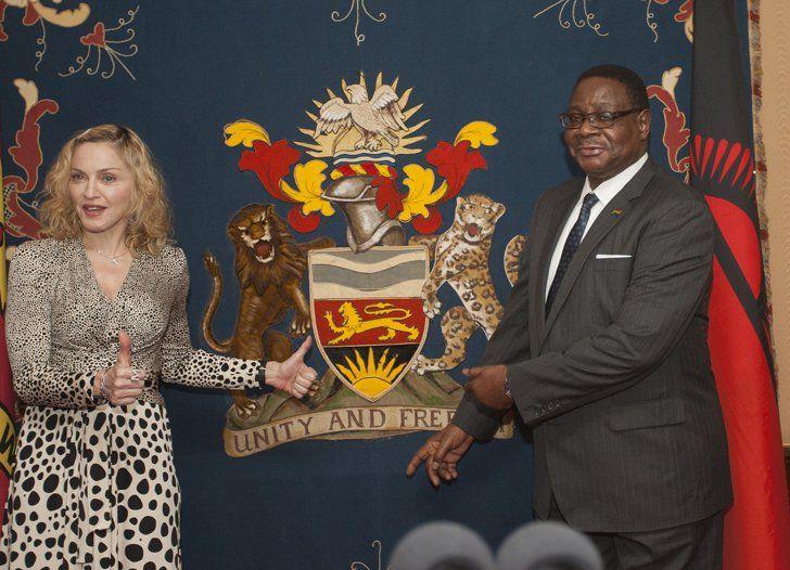 Pin for Later: Les Photos People de la Semaine à Ne Pas Manquer  Madonna a rendu visite au Malawi.