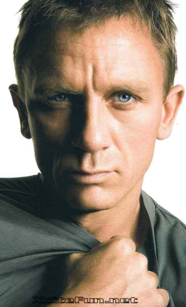 I think I might like Daniel Craig. A little. It's a secret though. So don't tell anyone.