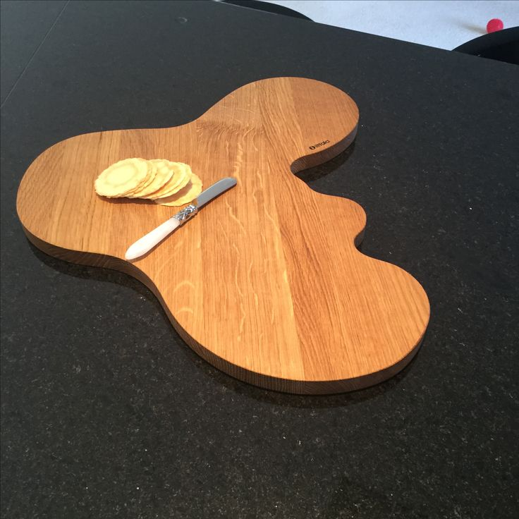 A fabulous serving platter in wood. Buy Now!! $129