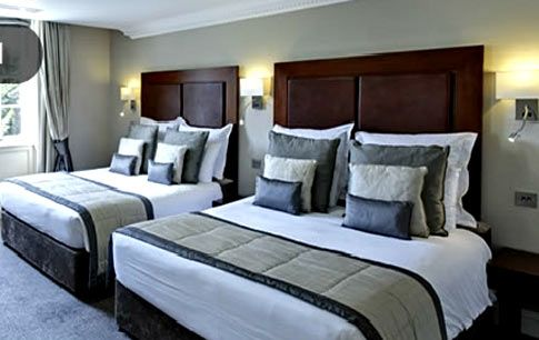 London hotels and bed and breakfast accommodation in Victoria, Kensington and Marble Arch.