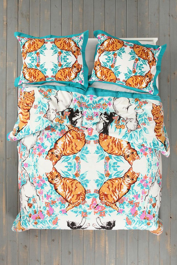 plum bow cat kaleidoscope duvet cover sweet dreams. Black Bedroom Furniture Sets. Home Design Ideas
