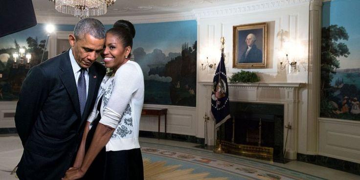Ο έρωτας του Μπαράκ και της Μισέλ Ομπάμα μέσα από τον φωτογραφικό φακό