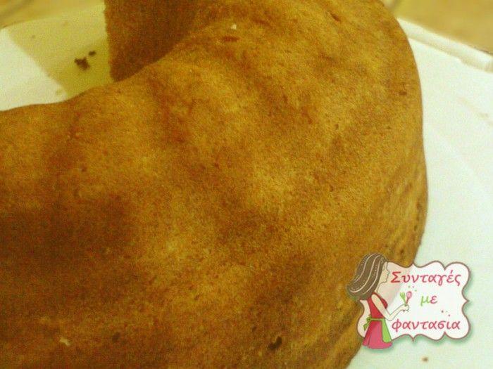 Νηστίσιμο Κέικ Πορτοκάλι  Νόστιμο και γευστικό, νηστίσιμο κέικ με αρώματα πορτοκαλιού και βανίλιας!!