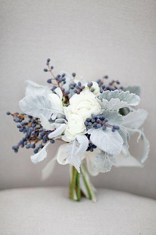 Gorgeous Winter Wedding Bouquets   Brides.com