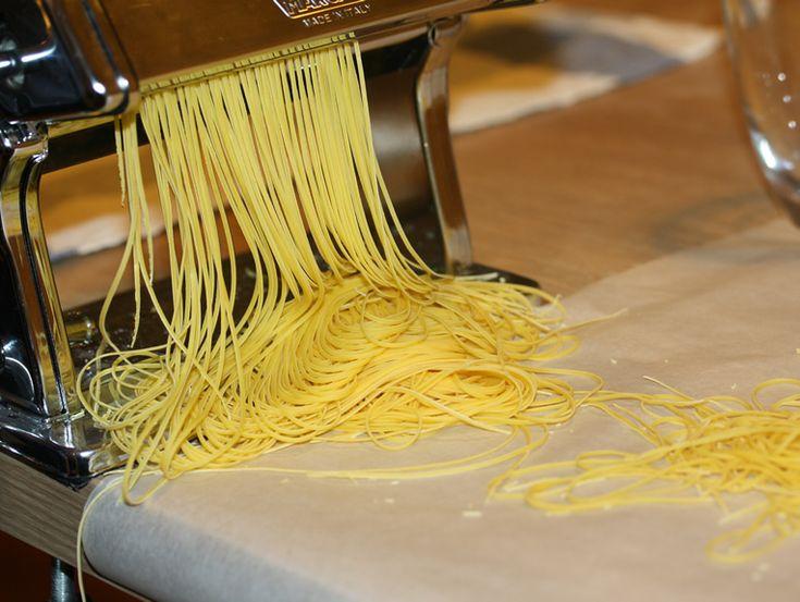 Finom házi tészta receptje az olasz Marcato nyújtó- és vágógéphez