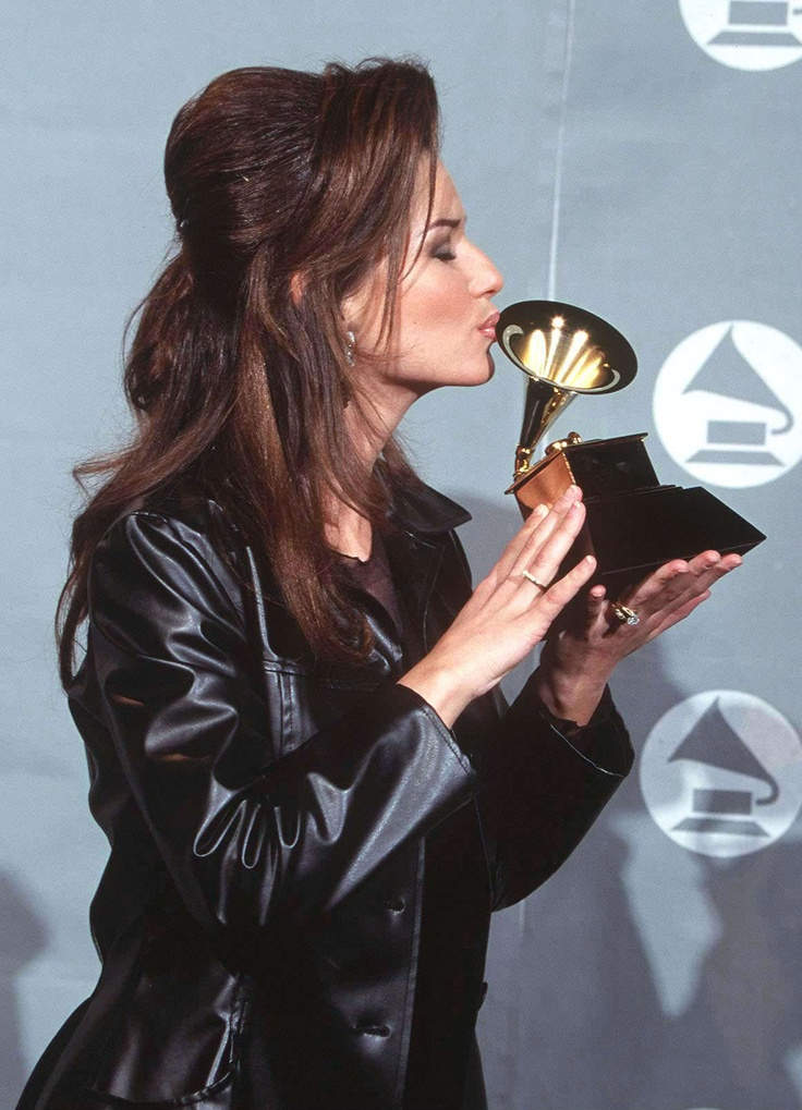 566 best shania twain still the one images on pinterest for Best country duets male and female