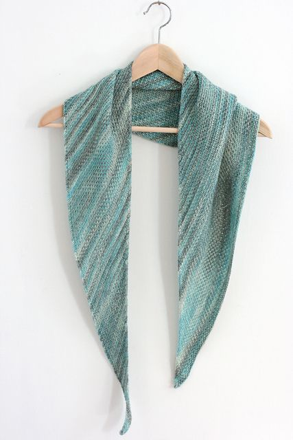 Ravelry: Woven pattern by Casapinka - especially for crazy, variegated sock yarn!