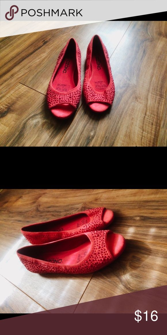 Flats There's shoes are cute and have a corky style. The flats are made of suede material with beads all around and feature a peep toe design. The color is a warm pink, that can give any plain outfit a pop of color. Capa de Ozono Shoes Flats & Loafers
