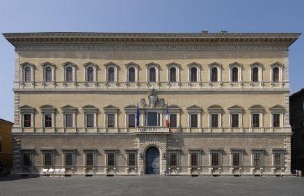 Con rinnovabili e LED Palazzo Farnese taglia le emissioni del 27% e la bolletta del 60%   QualEnergia.it