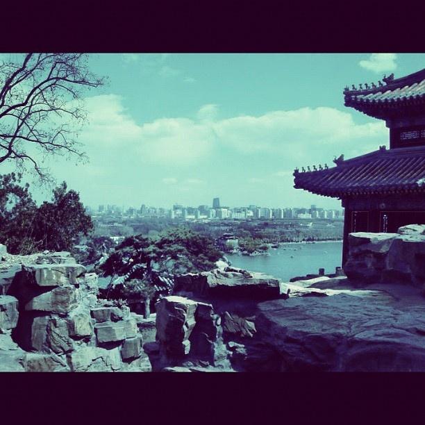 #summerpalace #beijing #spring #park #horizon #citylife #asia