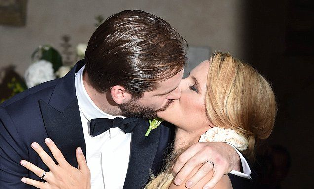 Michelle Hunziker wears strapless gown to marry Tomaso Trussardi
