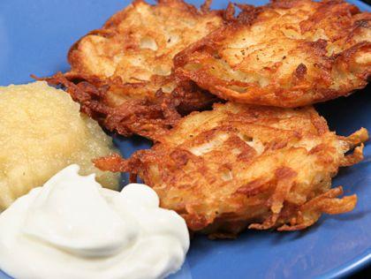 The best potato latkes recipe ever potato latkes potato for Award winning pancake recipe