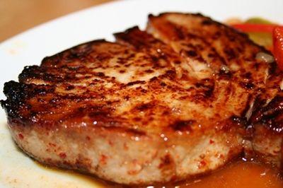 Steak de thon rouge caramélisé