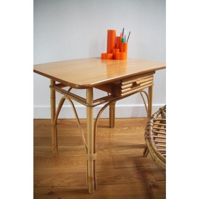 Petite table bureau pour enfant