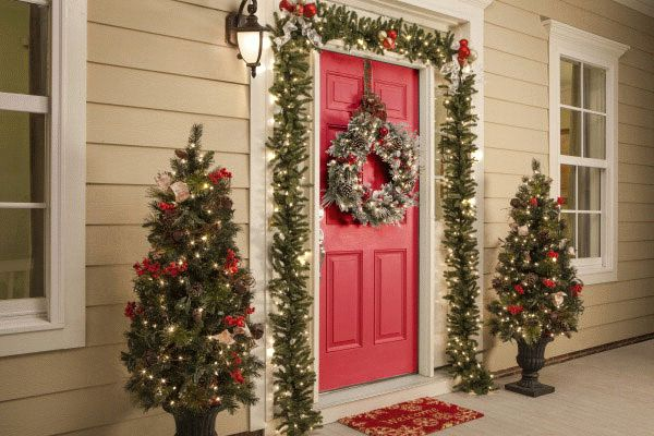 Ideias para decorar a porta de entrada no Natal
