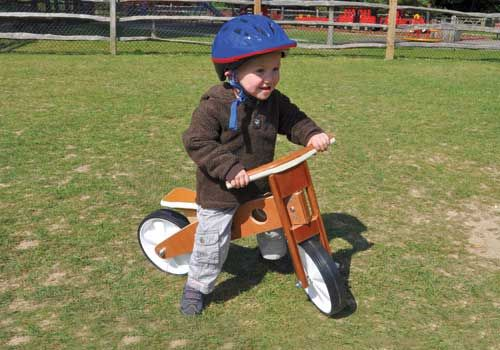 Balance bikes are a great way of teaching children balance and co-ordination in preparation for a real bike. In fact, the experience with the balance bike often means that moving to a normal bike can be more straightforward, without the need for stabi