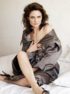 Emily Deschanel -  classic beauty