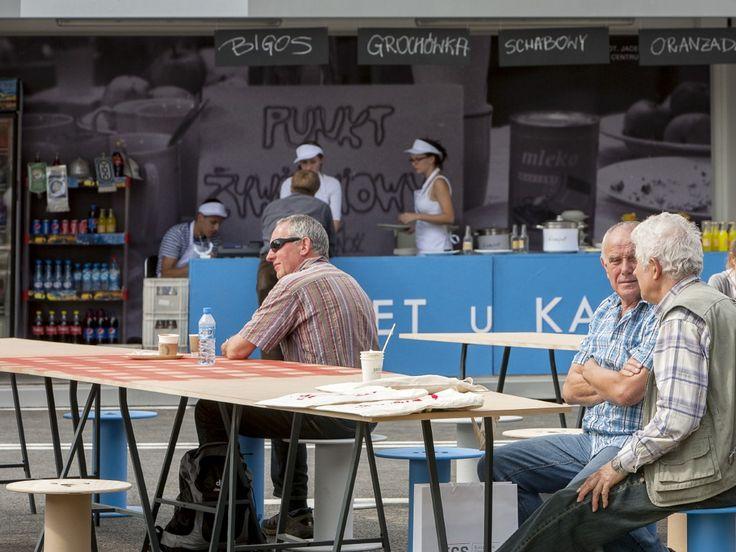 ECS' opening 2014 / event arrangement / Gastronomic space recalling 80's Shipyard ambient / fot. szajewski.com