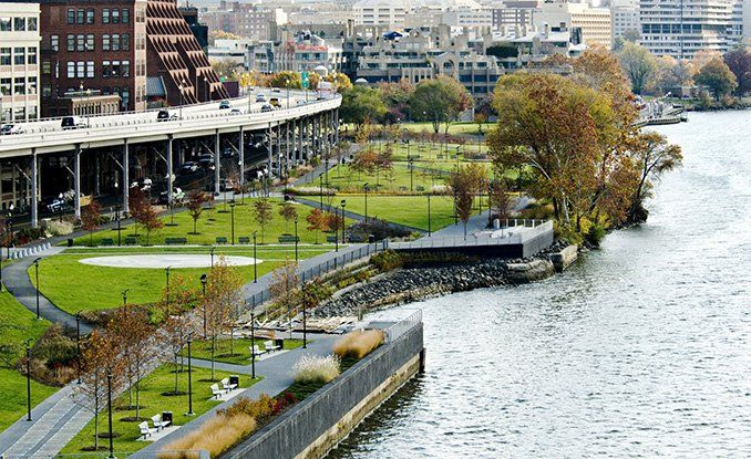 Georgetown Waterfront Park | Washington, DC | Wallace Roberts & Todd #landscapearchitecture #USA #waterfront
