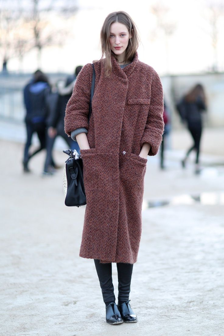 Warm knitted coat. #PFW