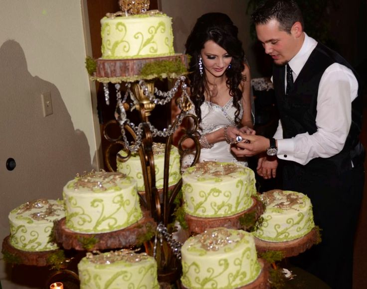 Cake Stands For A Wedding