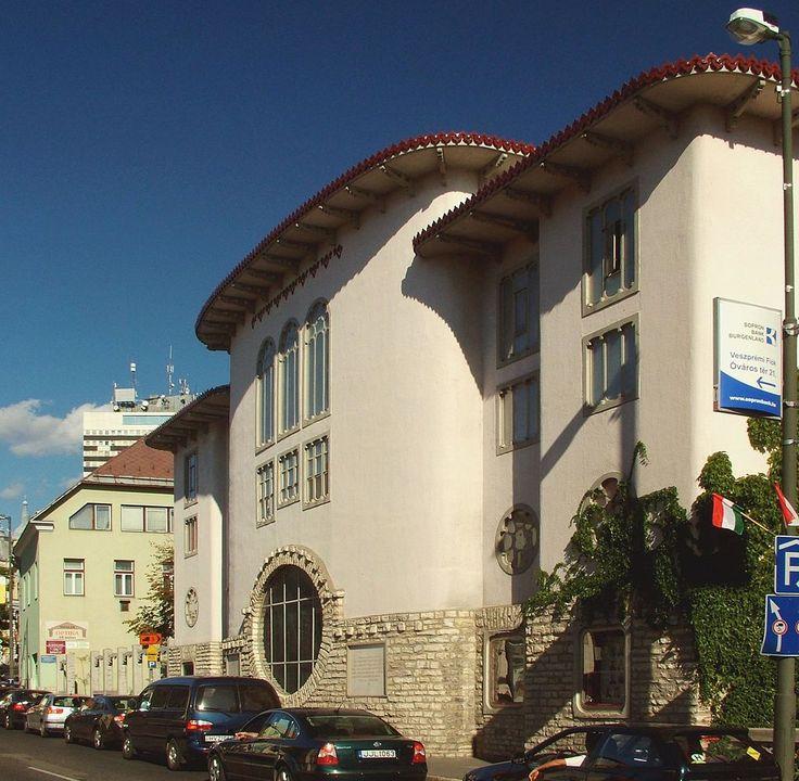 Petőfi Színház, Óváry Ferenc utca felől, Veszprém. VES2424 KT080818 - Medgyaszay István – Wikipédia