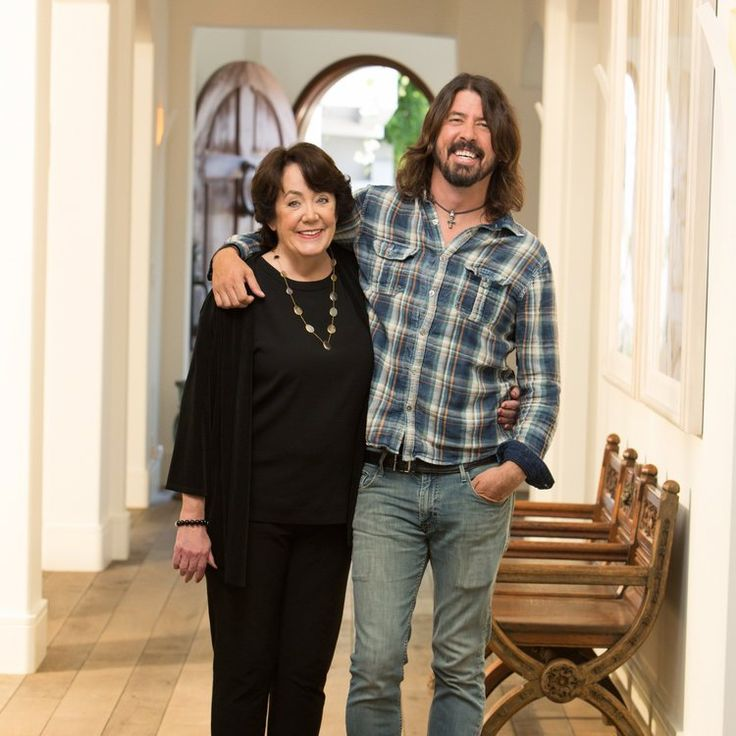 Dave Grohl with Virginia Grohl, his mother.