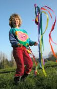 The MIKIDO is perfect set to introduce kids to poi ball twirling. Originally played by the Maori of New Zealand, it beautifully combines dynamic motion, aesthetics and dancing elements. #poi #balls #toy #gift #active #people www.greenrainbowrevolution.com