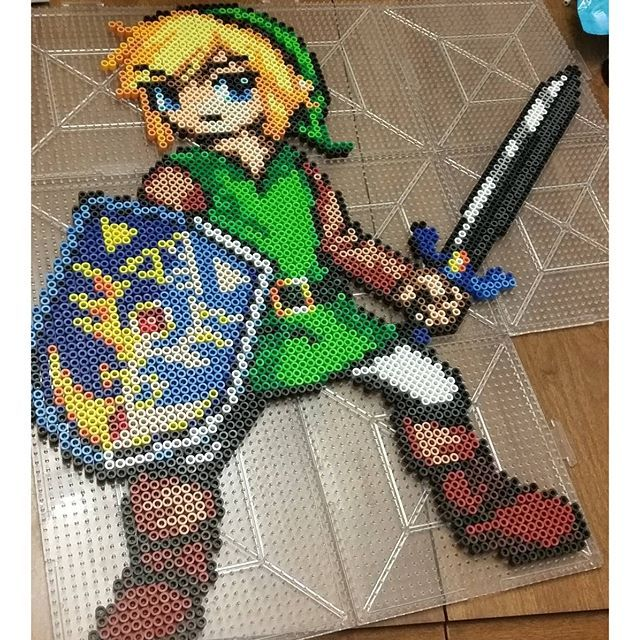 LoZ Link perler bead sprite by three_point_one_four_creations