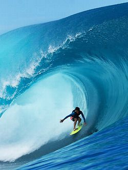 Tube... in Teahupoo...