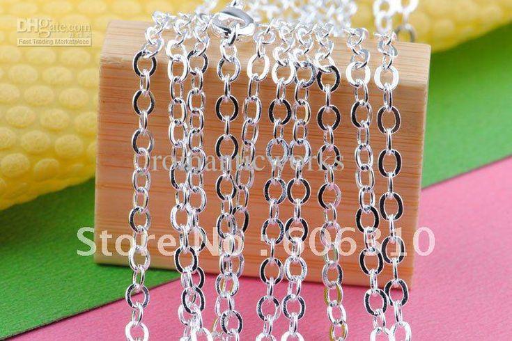 bulky o-shaped necklace